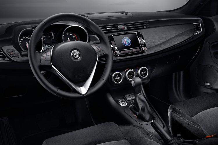 Alfa Romeo Giulietta Hatch 5Dr 1.6 JTDM-2 120PS Speciale 5Dr Manual [Start Stop] inside view
