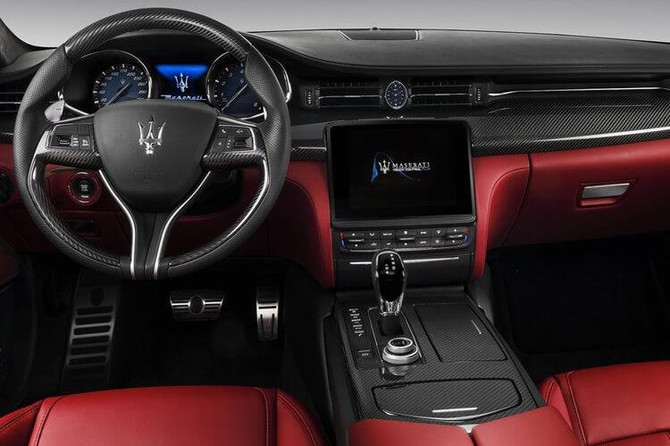 Maserati Quattroporte Saloon 3.0 V6 350PS GranLusso 4Dr ZF [Start Stop] inside view