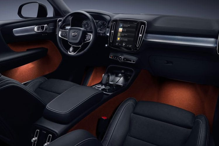 Volvo XC40 SUV AWD 2.0 B4 MHEV 197PS R DESIGN 5Dr Auto [Start Stop] inside view